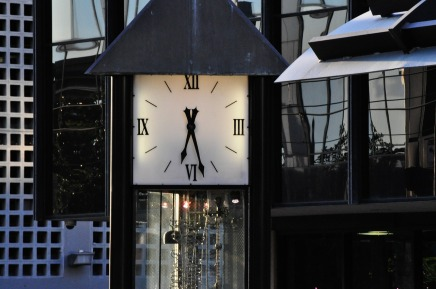 clock-258772_1280
