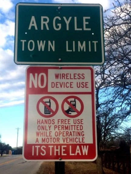 hands-free-law-sign-argyle