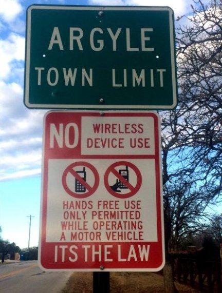 hands-free-law-sign-argyle